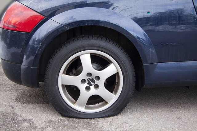 flat tire changing service tempe